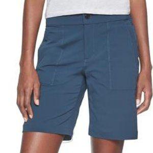 Athleta Trekkie Bermuda shorts